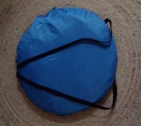 Pop-up tent gevouwen